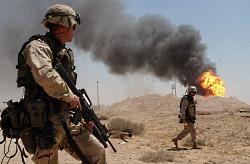 irak_us_soldiers_burning_oil