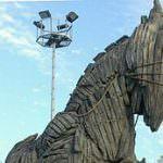 256px-Trojan_horse_Çanakkale