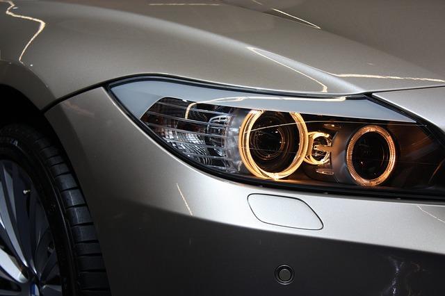 Licht beim Auto überprüfen