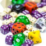 """""""Spielen ist Experimentieren mit dem Zufall"""" – Über die Vielseitigkeit des Würfels im Spiel"""
