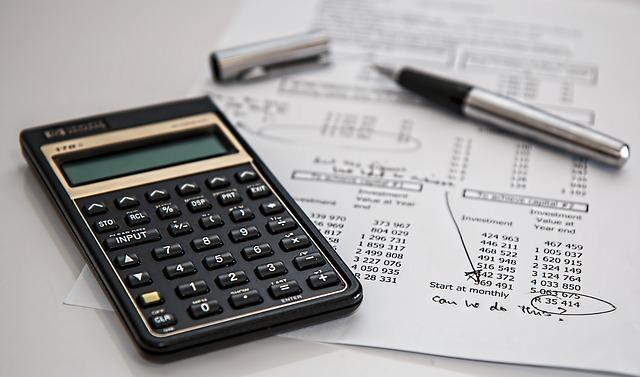 Versicherungsunterlagen prüfen